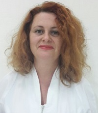 tehnnician-dentar-zorila-cristina-mic1